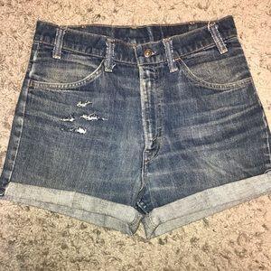 Orange Tab Levi Jean shorts